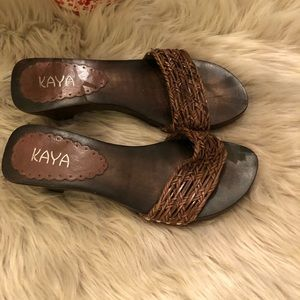 Shoes - Kaya brown wood slides sandals